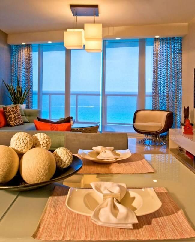Modern And Cozy Beachside Condominium